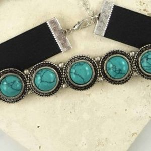 Jewelry - Western Velvet & Stone Choker